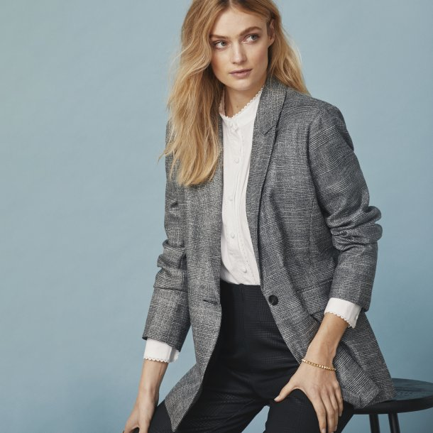 Peppercorn Blazer.