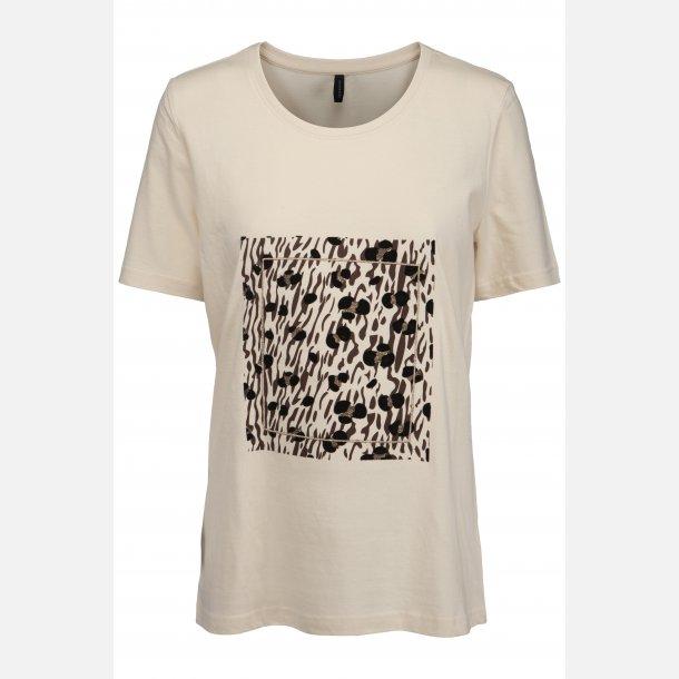 Peppercorn T-shirt.
