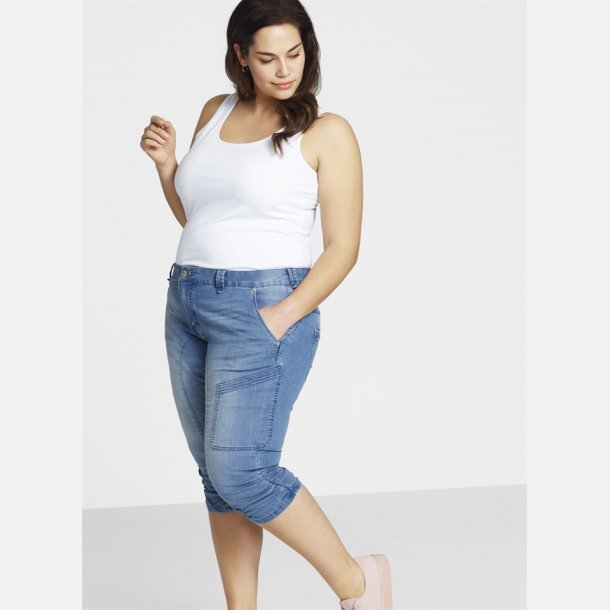 Zizzi Capri Jeans.