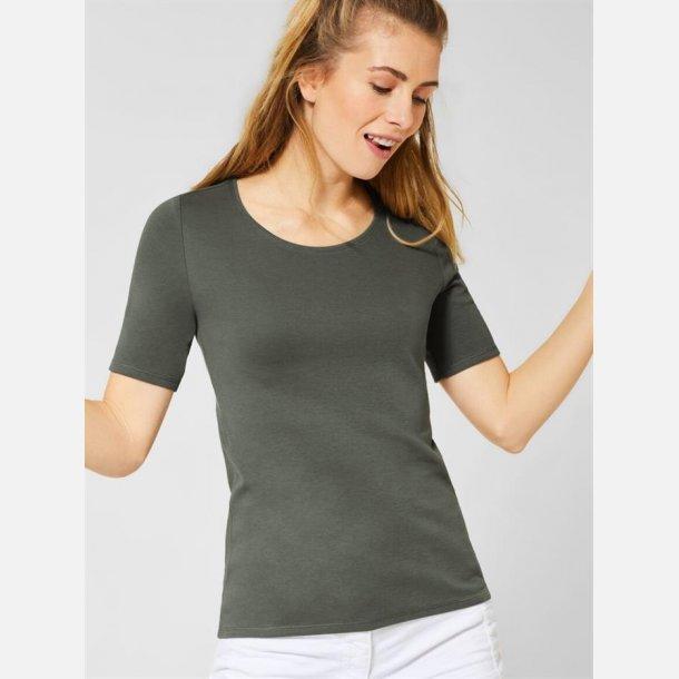 Cecil T-shirt.
